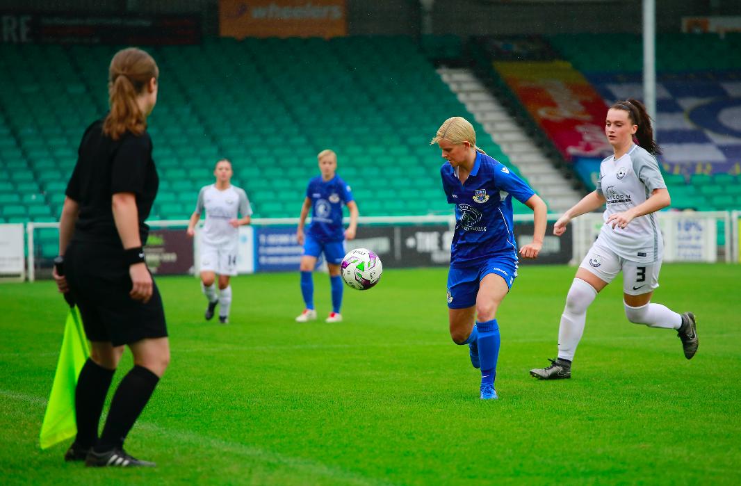 Girls & Ladies Football
